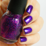 Pupa 'Eccentric violet' & Sinful Colors 'Star dust'