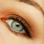 The copper-y brown smokey eye