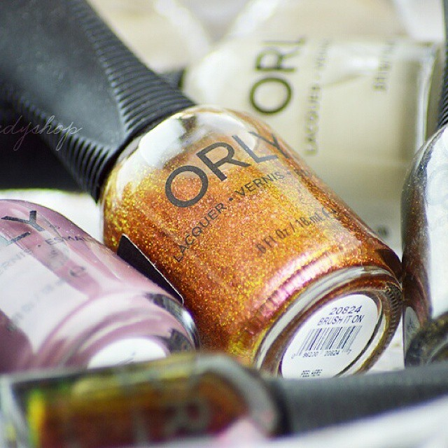 Soon, on Like a candy shop: the Orly Smoky Collection ? #bblogger #ibblogger #likeacandyshop #beauty #makeup #nailpolish #nails #manicure #swatches #orly #smokycollection #smalto #nailblogger @smalti_orly @orlynails