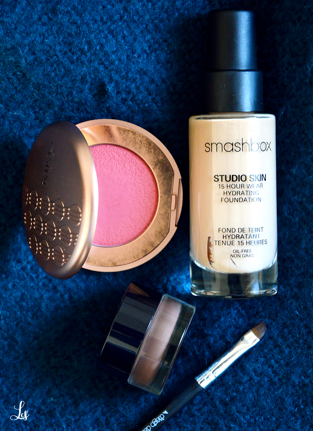 smashbox-studio-skin-foundation