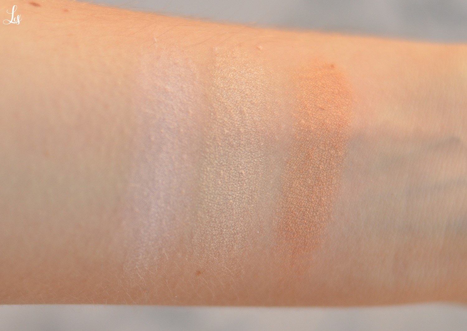 labo makeup strobing palette swatches